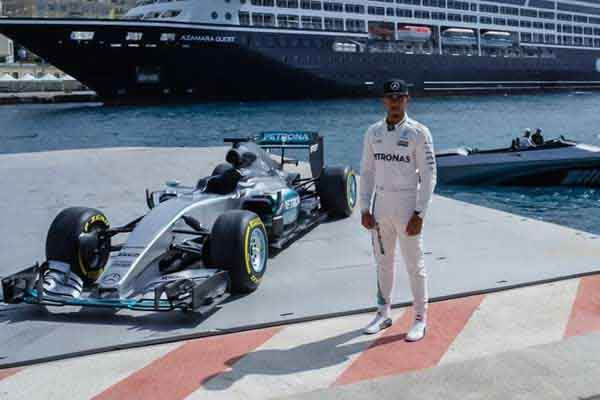 MERCEDES-BENZ SPEED & STYLE WITH HAMILTON ROSBERG